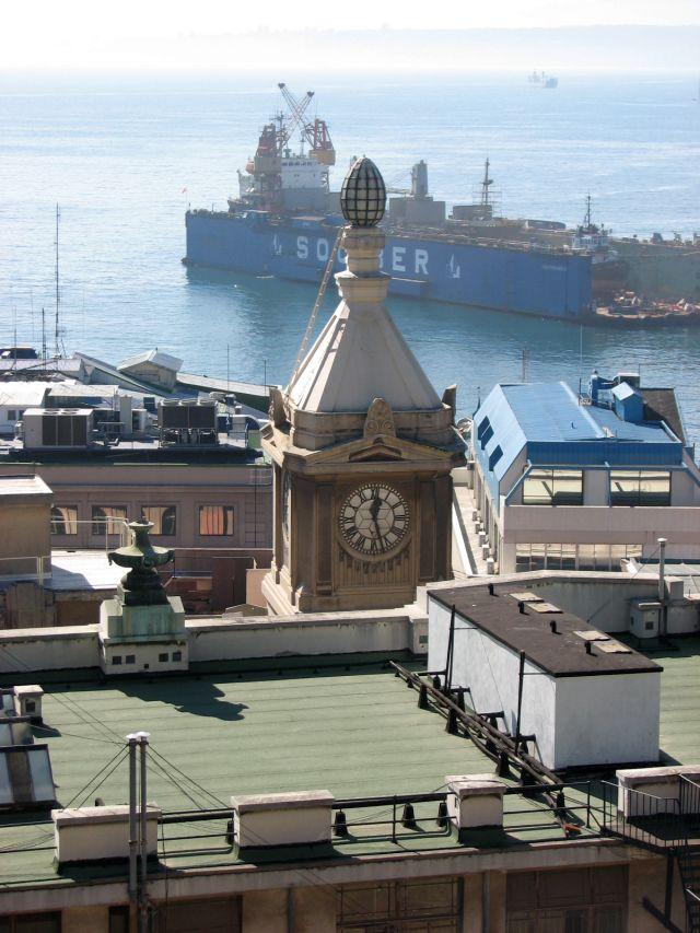 Le port de Valpo (c) SB