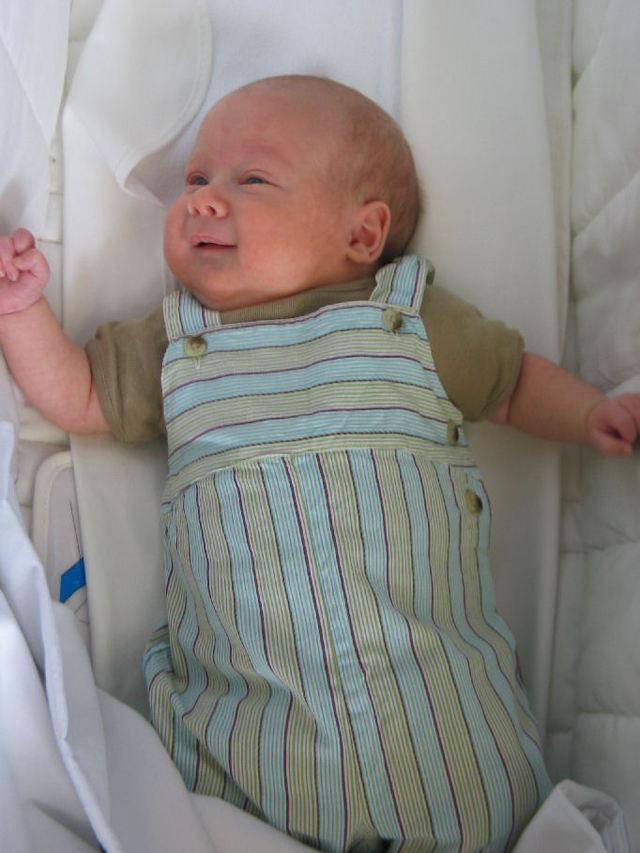 Notre petit joufflu a deux mois (c) SB
